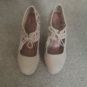NWOT Dollhouse Shoes